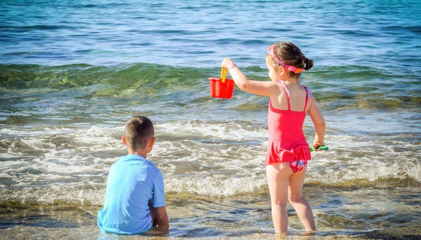 deca plaža leto odmor