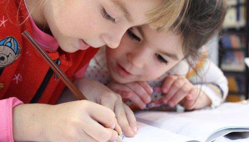 deca pišu