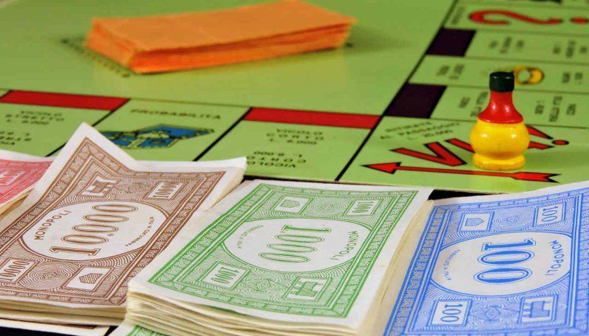 Monopol, slika: https://pixabay.com